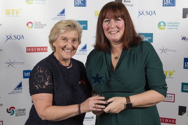 Kirsten Amis with The Very Reverend Dr Lorna Hood OBE, chair of Youthlink Scotland, who sponsored the category.
